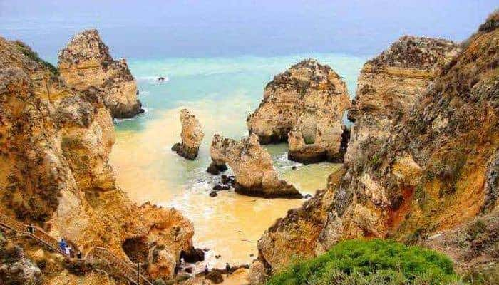 The best time to travel: Algarve