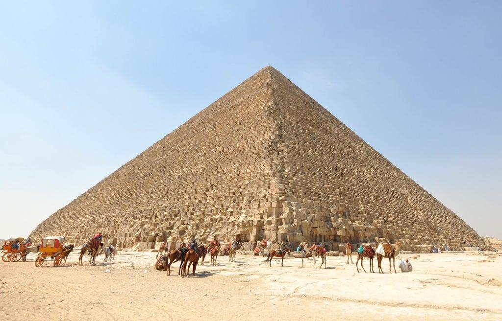 Image of Pyramid of Khufu.