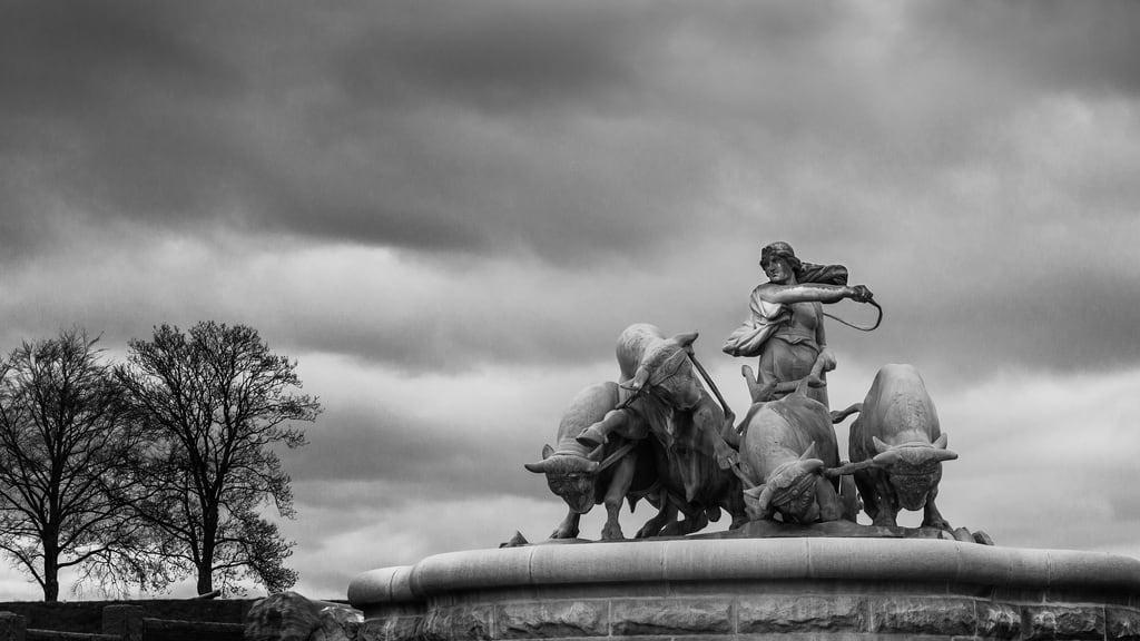 Image of Gefion Fountain. statue copenhagen gefionfountain