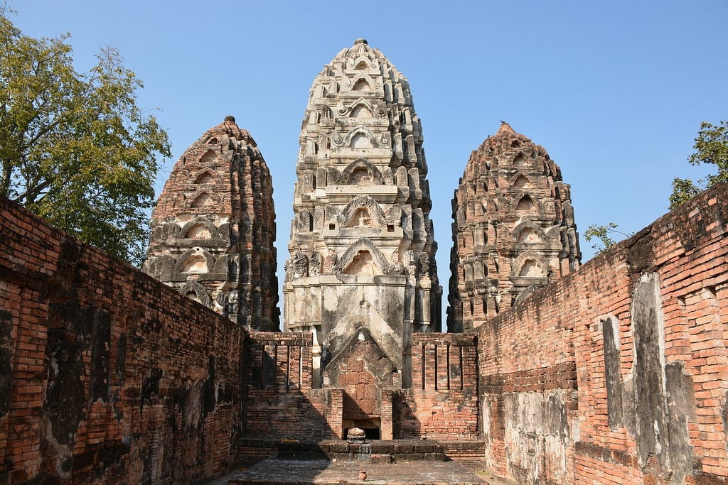 Image of Wat Si Sawai. travel nature thailand bangkok culture buddhism temples chiangmai krabi lanna tempel sukhothai lampang kolanta ayutthaya reizen 2014 arps paularps afsdxnikkor18140mm