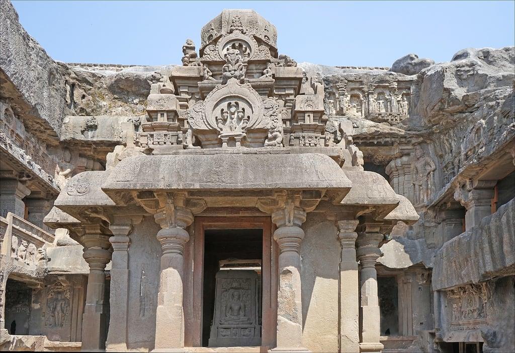 Изображение Ellora caves. india grotte inde ellora jainism matanga dalbera jainisme religionjaïn religionjaïne
