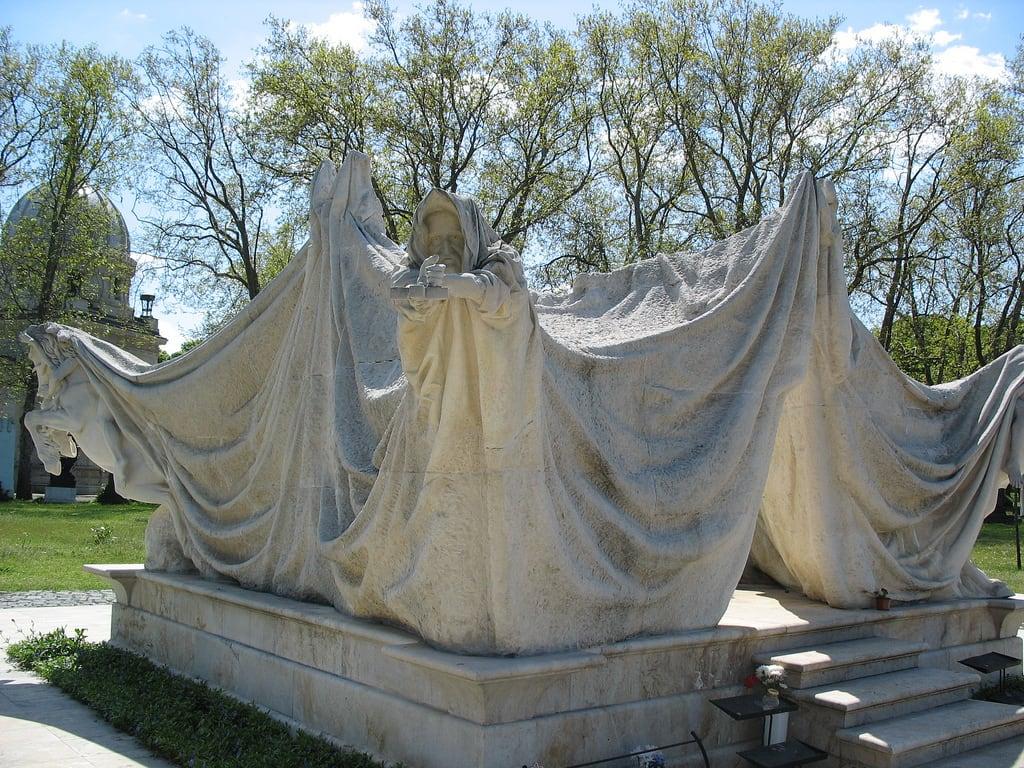 תמונה של Antall József. cemetery budapest springbreak pest antall