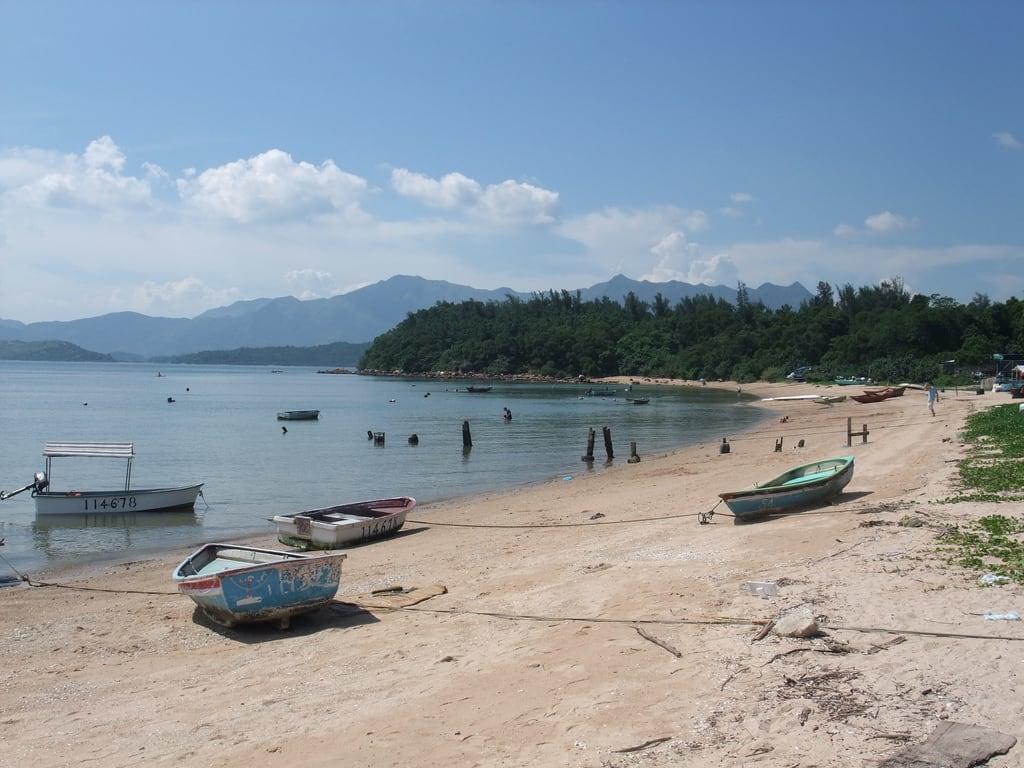 Attēls no Starfish Bay 海星灣 Pludmale ar 403 metru garumu. beach cycling bay wikicommons avalade