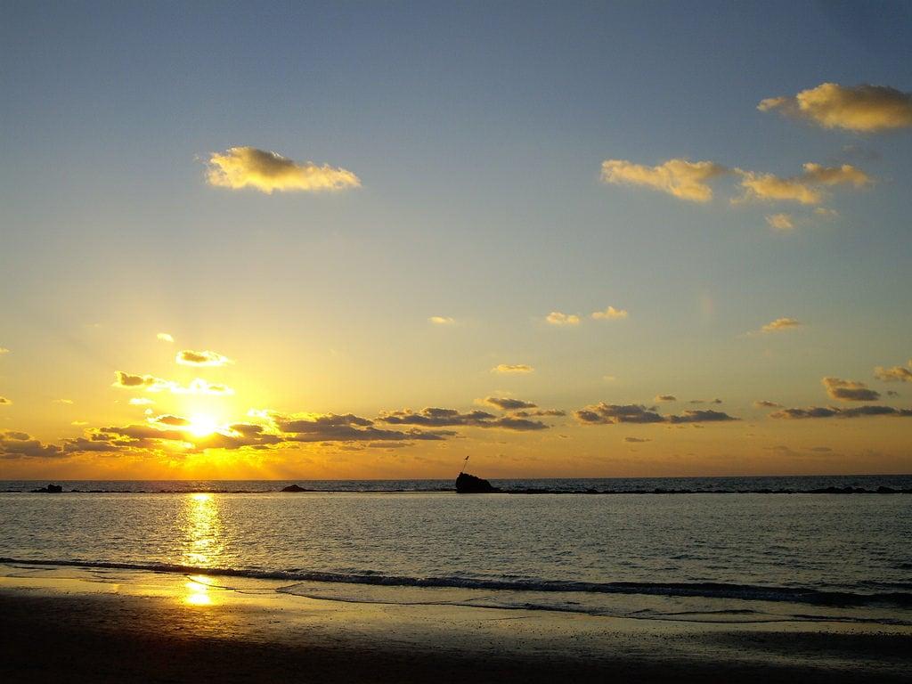 תמונה של חוף סלע ג.