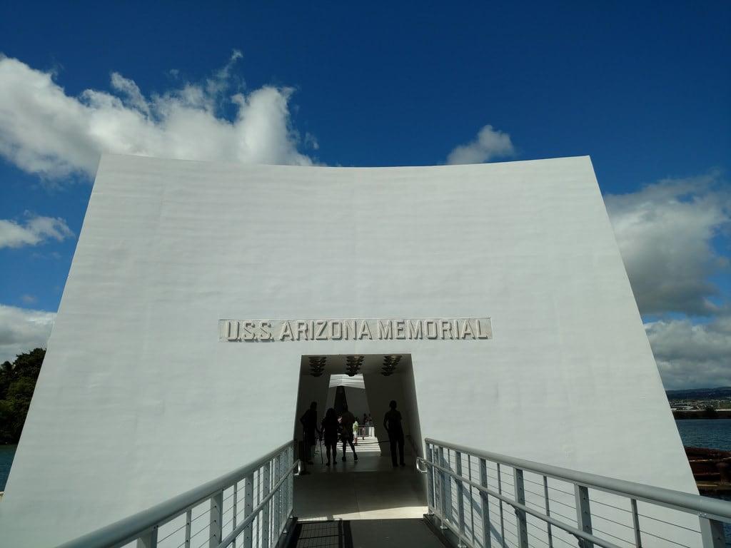 Image de USS Arizona près de 'Aiea. ussarizona pearlharbor