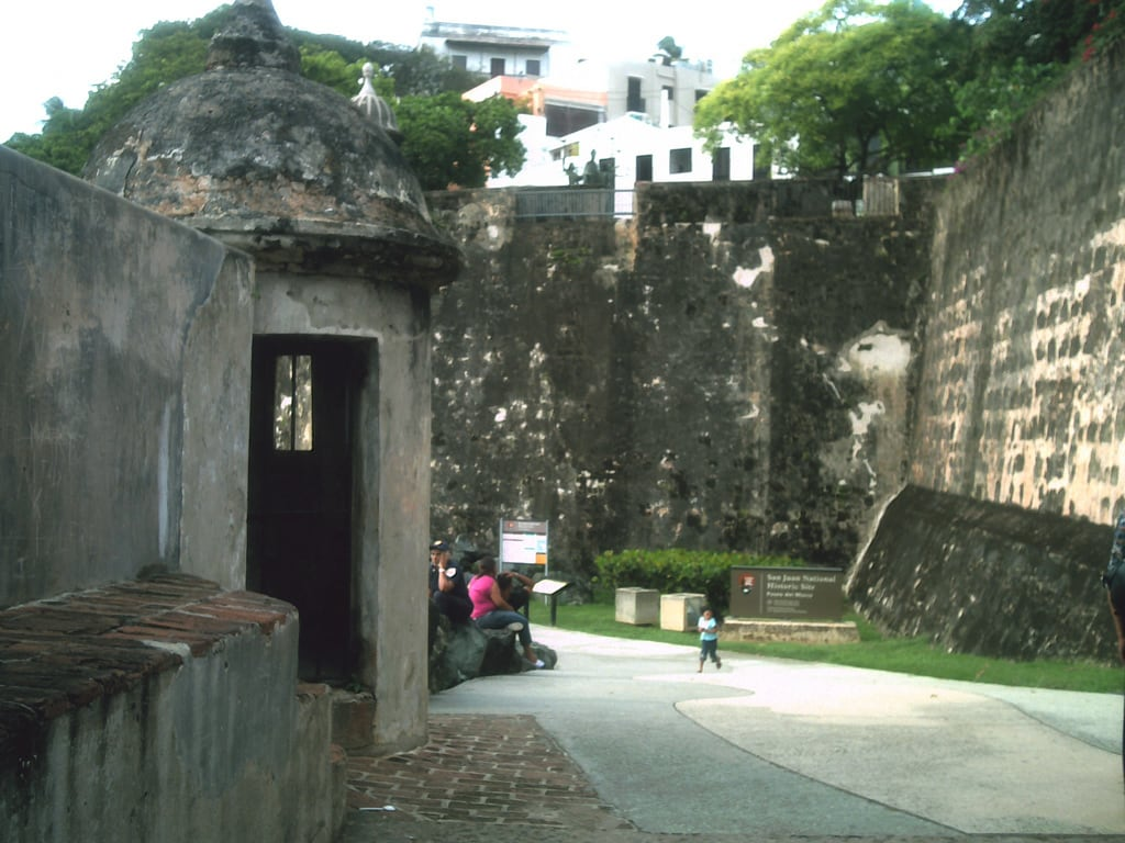 Image of Muralla de San Juan. security