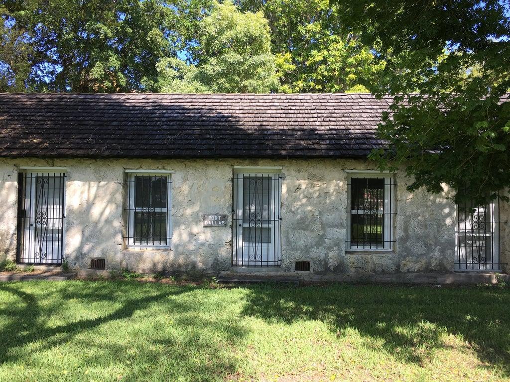 Fort Dallas 의 이미지. william wagner house circa 1855 lummus park historic district miami building architecture