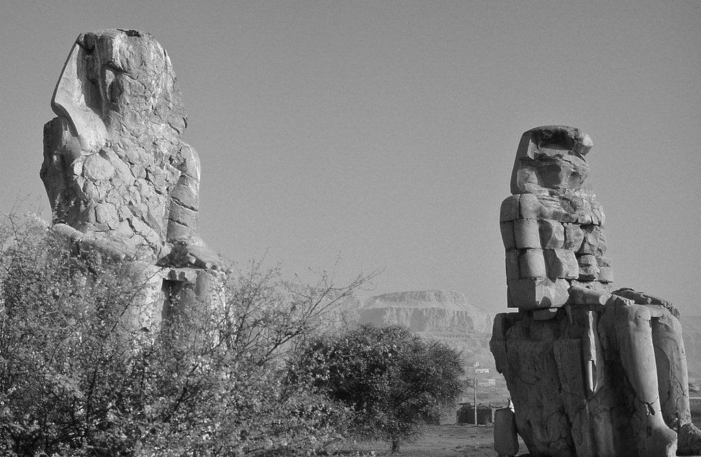 Изображение на Colossi of Memnon. colossiofmemnon luxor egypt
