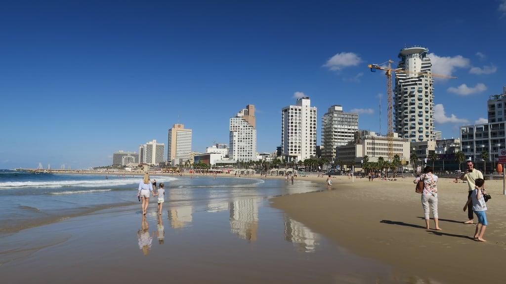 Jerusalem Beach (חוף ירושלים) Jerusalem beach közelében Tel Aviv képe. telaviv israel mediterranean