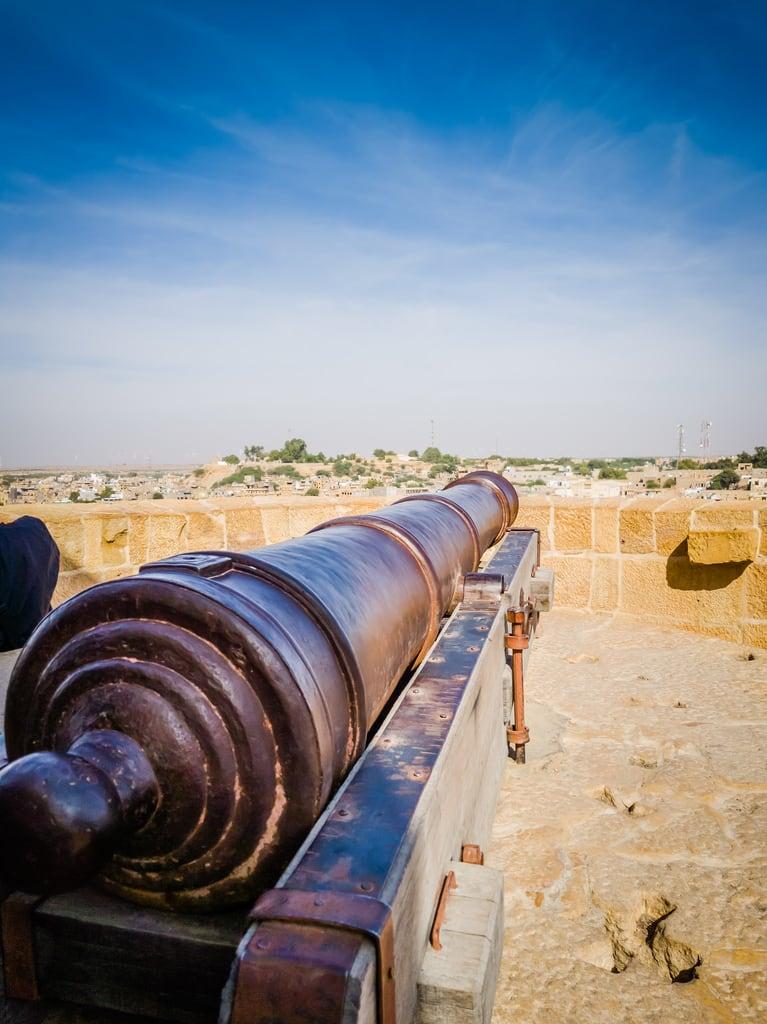 Изображение Jaisalmer Fort. jaisalmer rajasthan india thar desert in cannons
