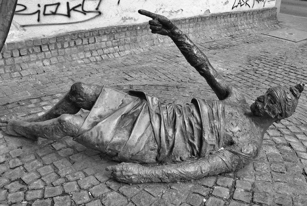 Image de Carl Lutz Memorial. dobst budapest hungary pest wall statue art floor urban x100 fujifilm finepix sidewalk pavement street bw mono monochrome blackandwhite cobbles carllutz memorial carllutzmemorial budapestjewishdistrict graffiti