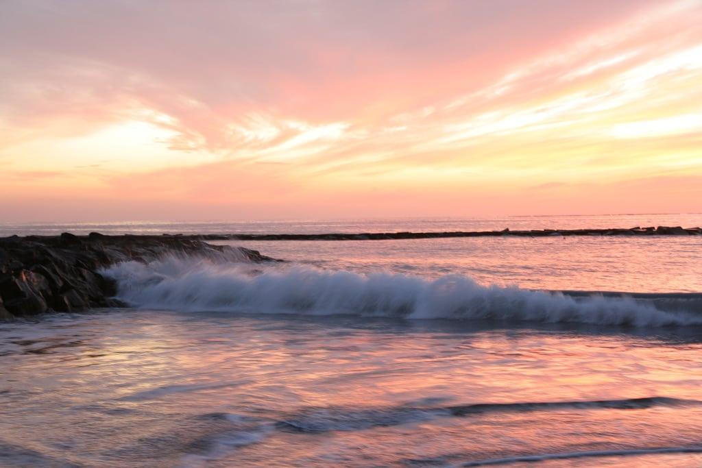 Image de Playa de Fañabe près de Playa de las Américas. tenerife sunset wave sea fanabebeach pink evening hisgett canaryislands canary islands spain