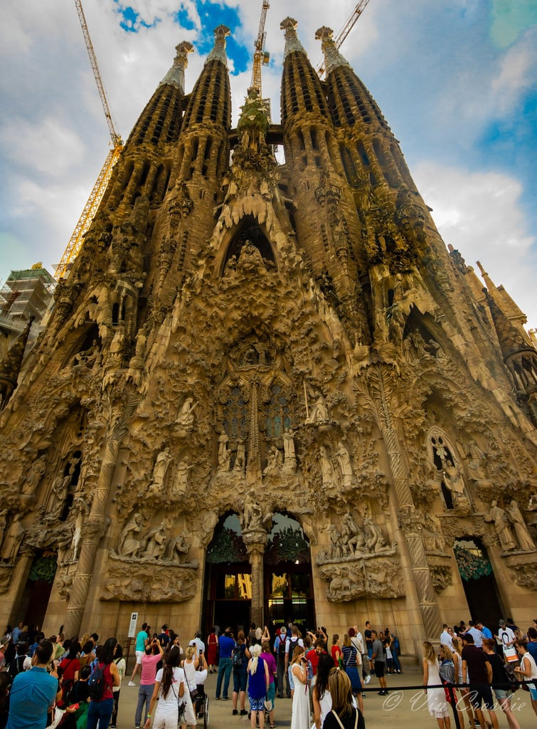 Basilica de la Sagrada Família जवळ Gràcia की छवि. 2018 catalonia sagradafamilia spainbarcelona church
