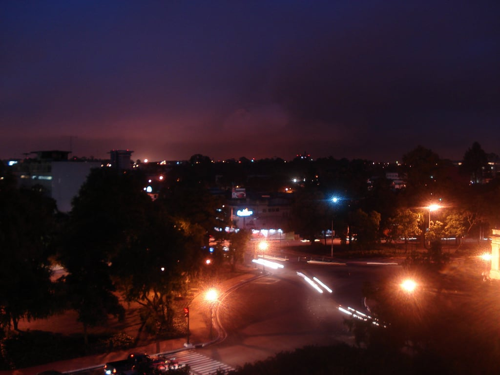 Plaza España Santa Catarina Pinula 근처 의 이미지. city longexposure night lights shots guatemala pointandshoot