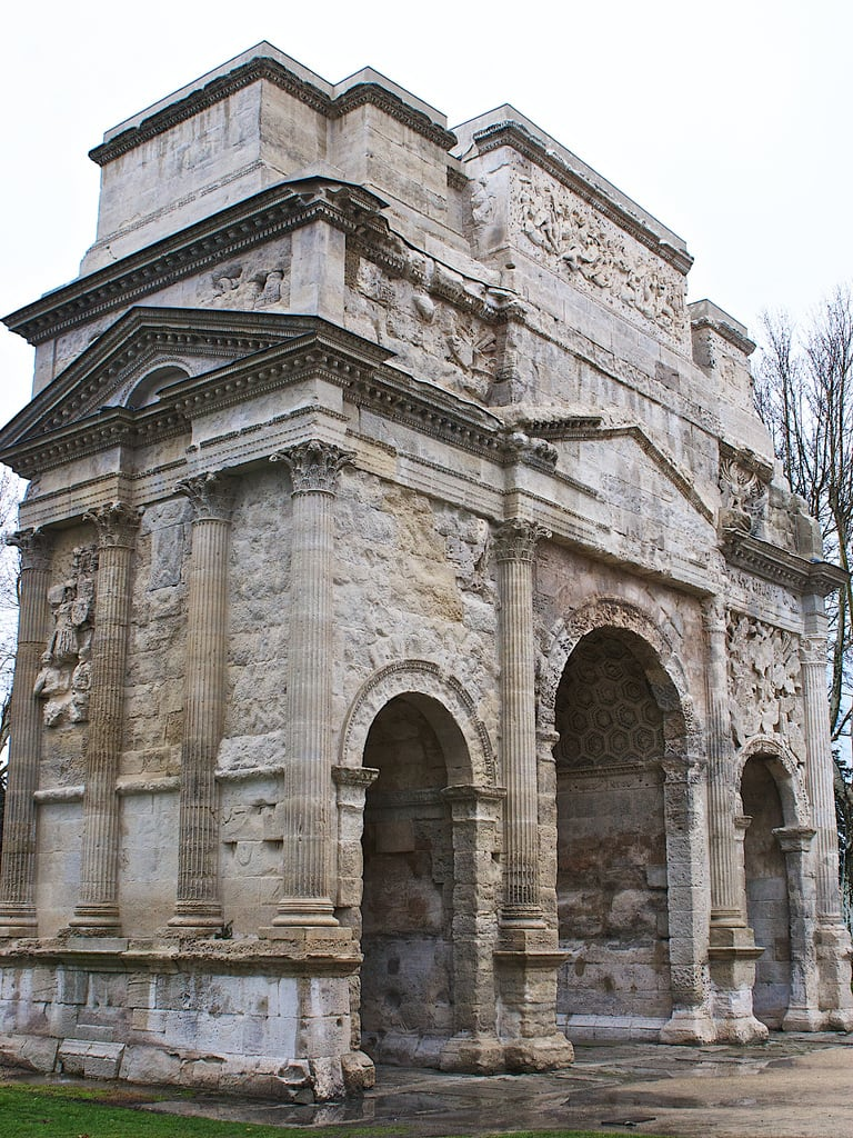 Image of Arc de Triomphe. orange france europe arch roman arc unesco dazur provencealpescôtedazur vacluse larcromaindorange osm:way=78421995