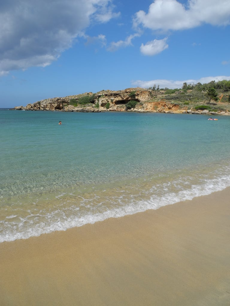 Bild von Eastern Gulf. sea beach bay coast greece crete holyapostles