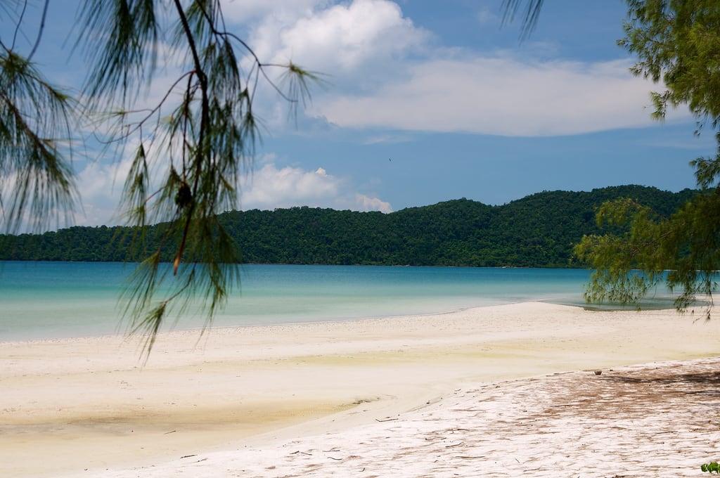 Изображение на Saracen Bay.