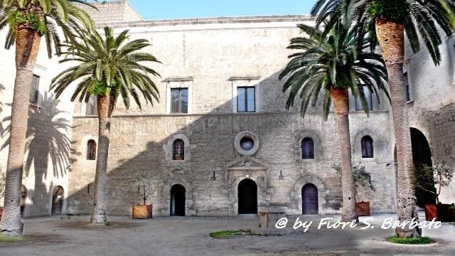Castello di Bari の画像. italy castello puglia bari svevo normanno