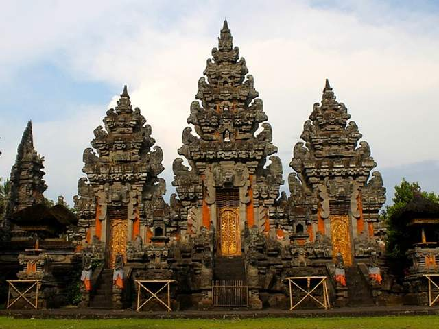 Best places to visit in Indonesia