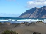 Zdjęcie:   Hiszpania  Wyspy Kanaryjskie  Lanzarote  Playa Blanca  (hiszpania, lanzarote, wybrzeżu)